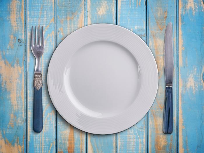 White plate.jpg